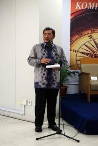 Gubernur Jabar Ahmad Heryawan saat membuka acara